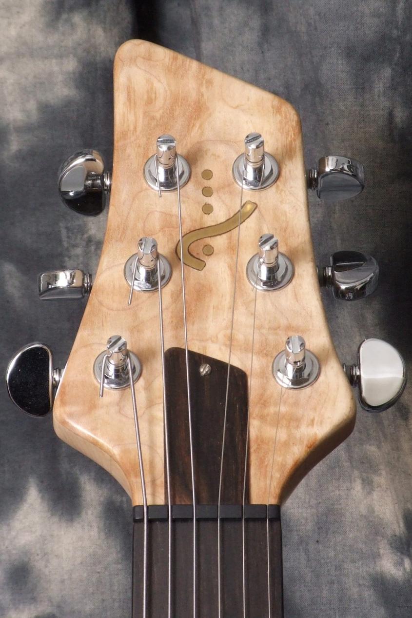 Alexander-James_Ursa-Maple-Guitar_Headstock