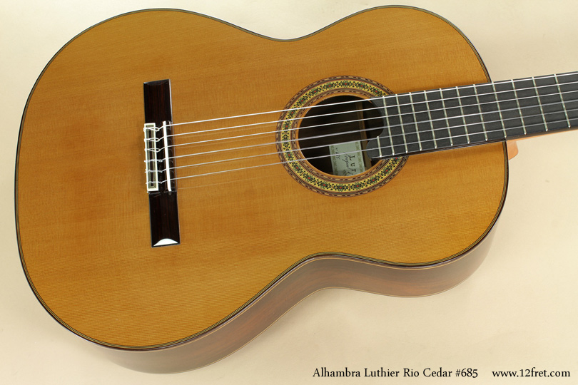 Alhambra Luthier Rio Concert Classical Cedar 685 top
