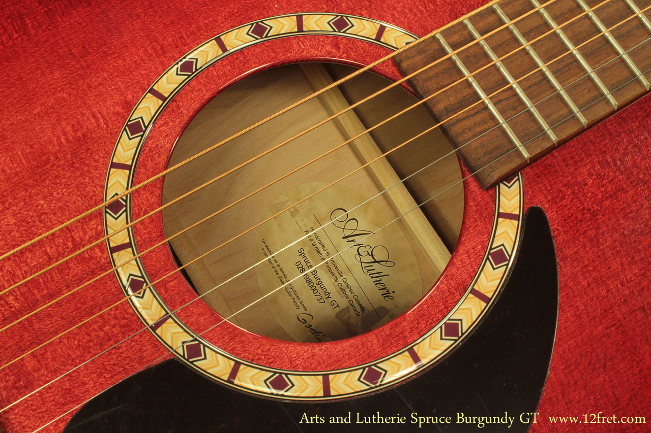 art-and-lutherie-spruce-burgundy-gt-label-1-a