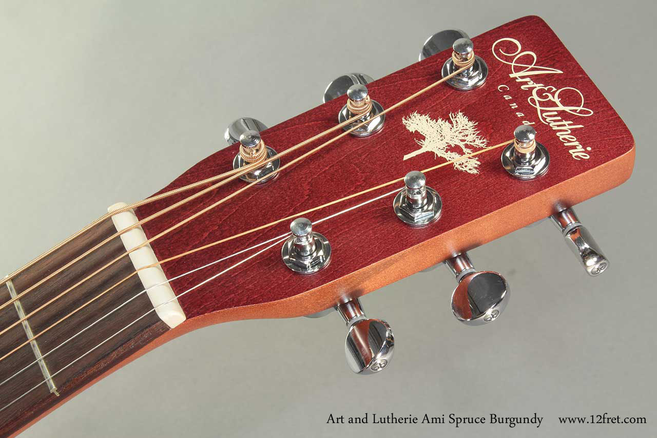Art and Lutherie Ami Spruce Burgundy head front