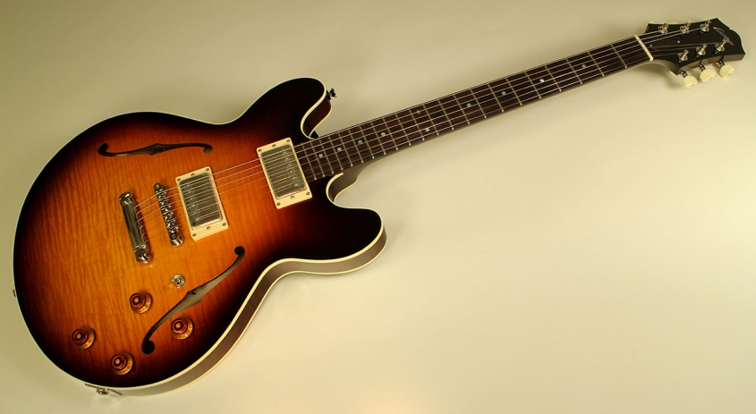 collings-i35-lc-full-1