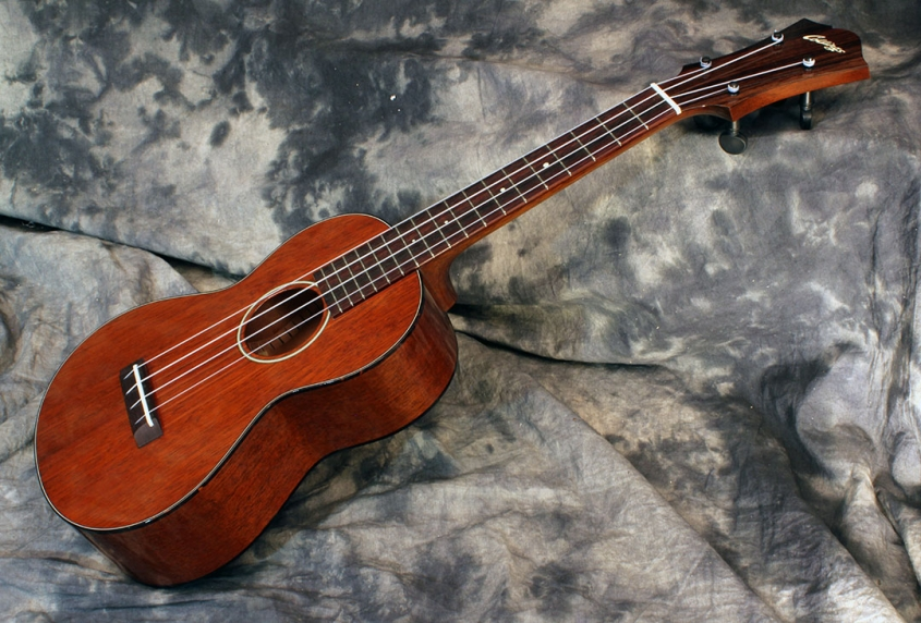 collings_uc2_side_1