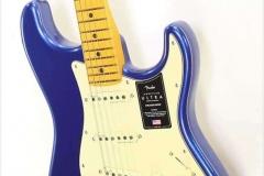 Fender American Ultra Stratocaster Maple Neck Cobra Blue, 2019