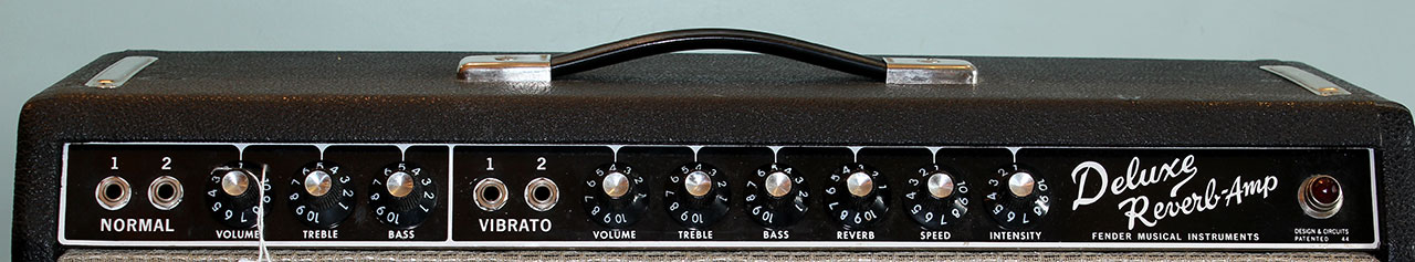 fender-deluxe-reverb-1966-cons-front-panel-1