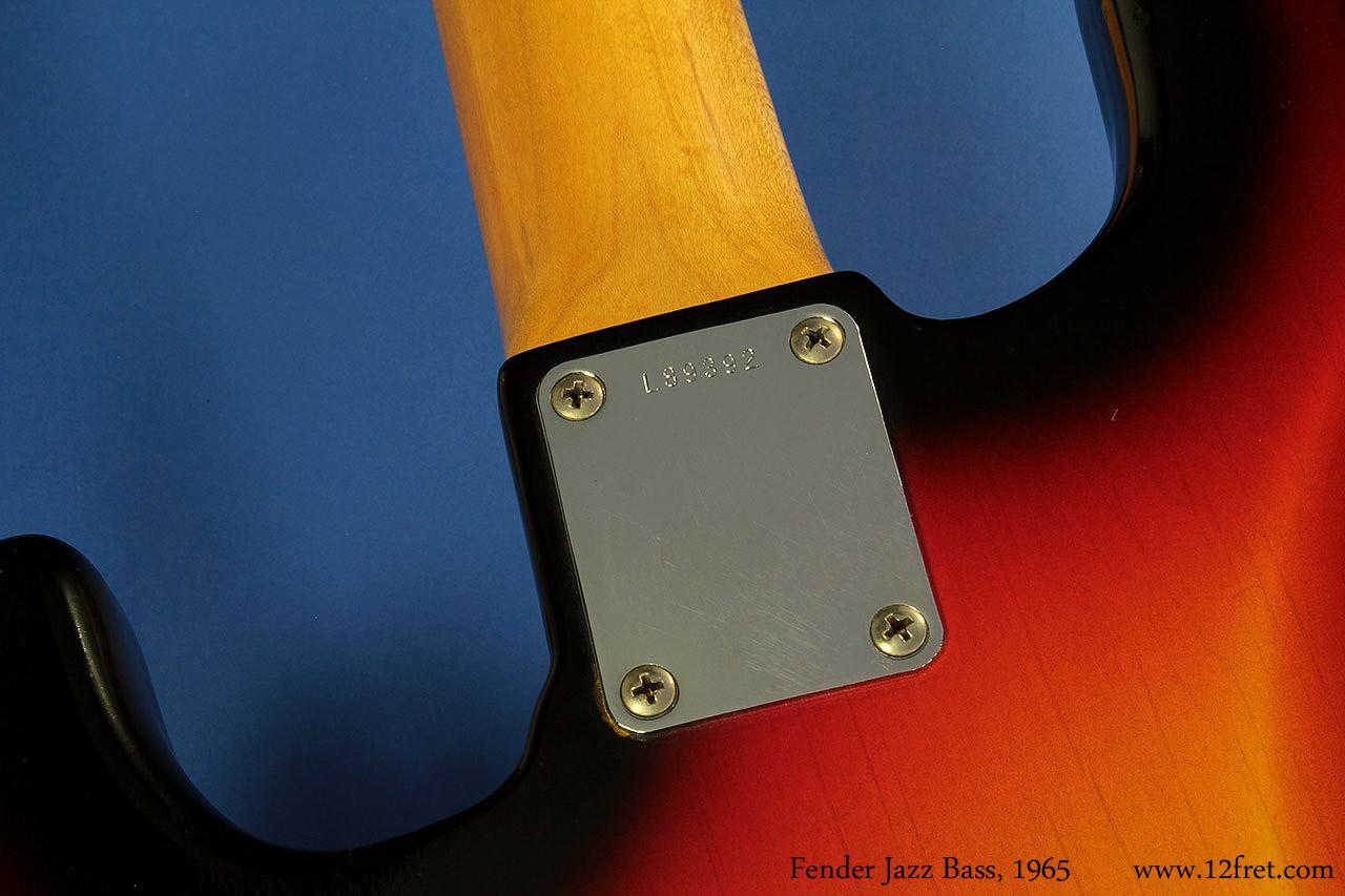 fender-jazz-bass-1965-cons-neckplate-1