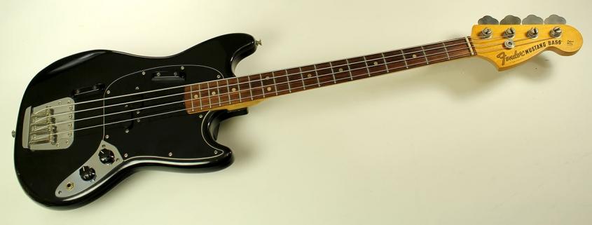 Fender-mustang-bass-1974-cons-full-2