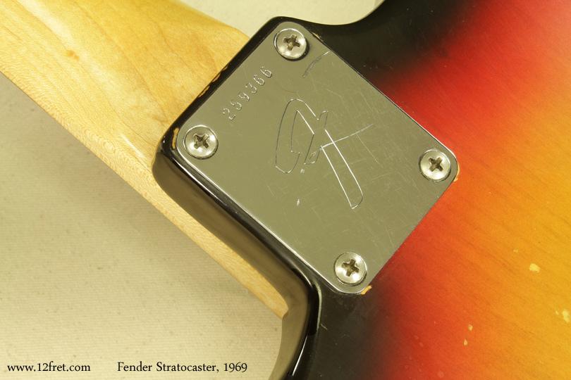 Fender Stratocaster Sunburst 1969 neckplate