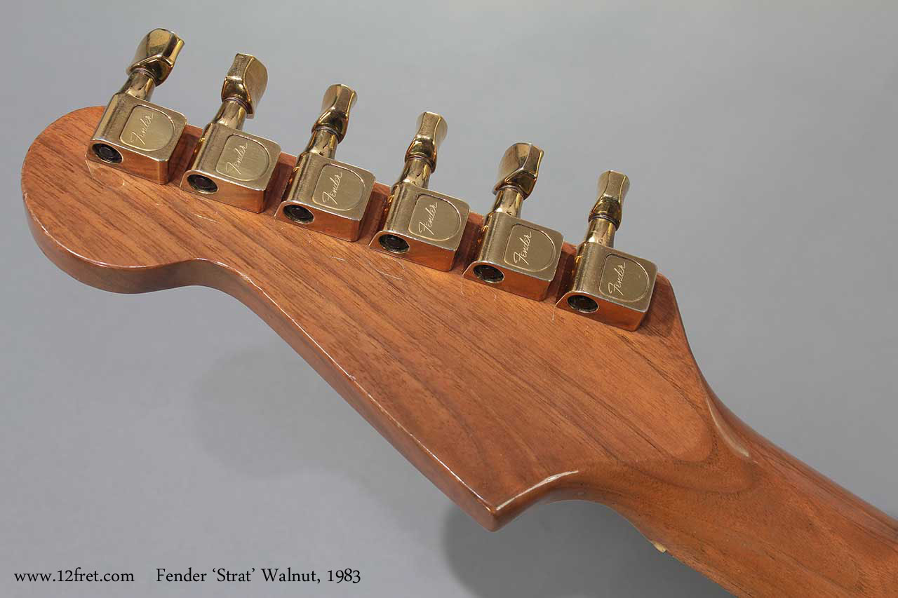 Fender Strat Walnut 1983 head rear