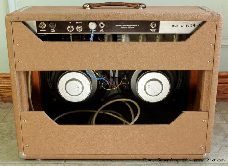 Fender super amplifier 1962  back