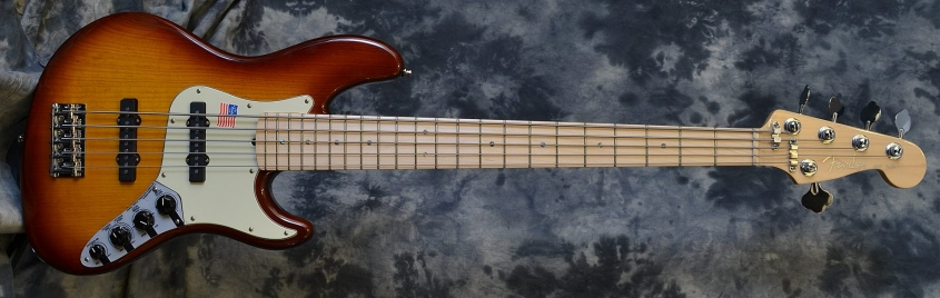 Fender_Jazz Bass 5 Deluxe_2007(C)
