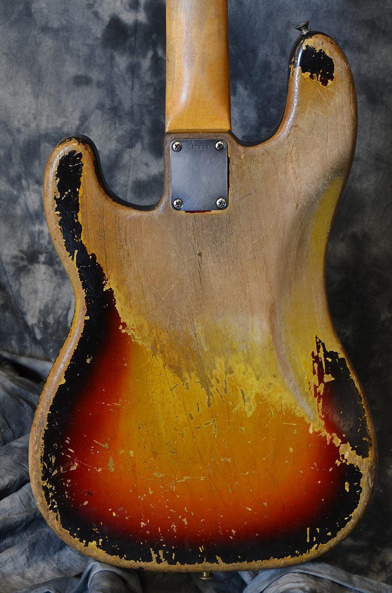 Fender_PBass_64(C)_back
