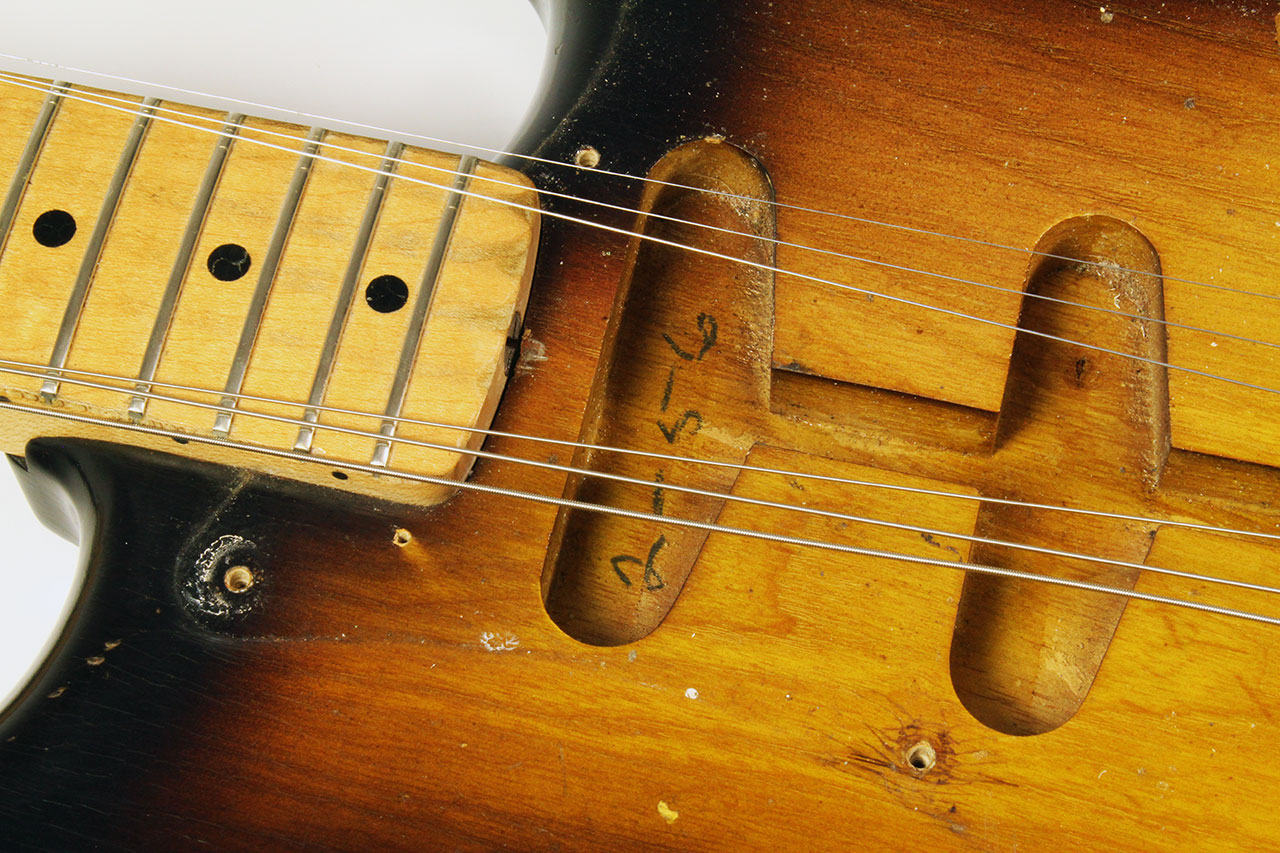 Fender_strat_1956_cons_body_date_2