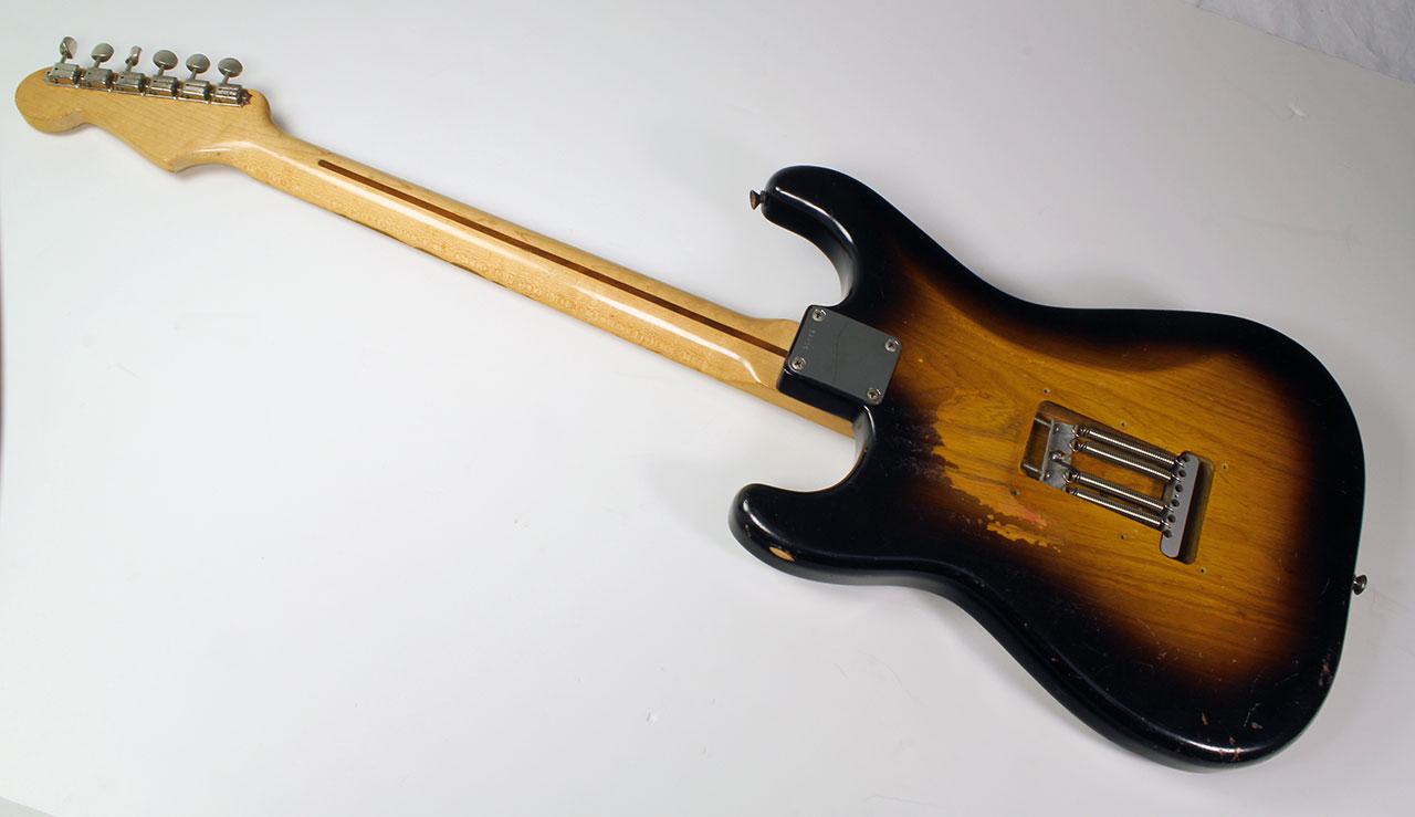 Fender_strat_1956_cons_full_rear_1