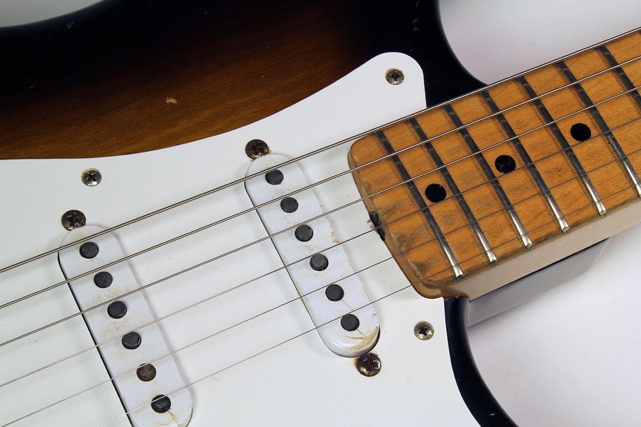 Fender_strat_1956_cons_top_detail_1
