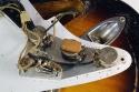 Fender_strat_1956_cons_controls_1