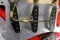 Fender_strat_1961_coral_pickups_2