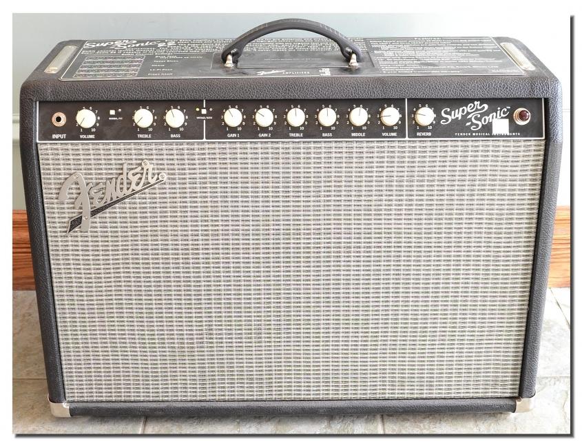 Fender_Super Sonic 22