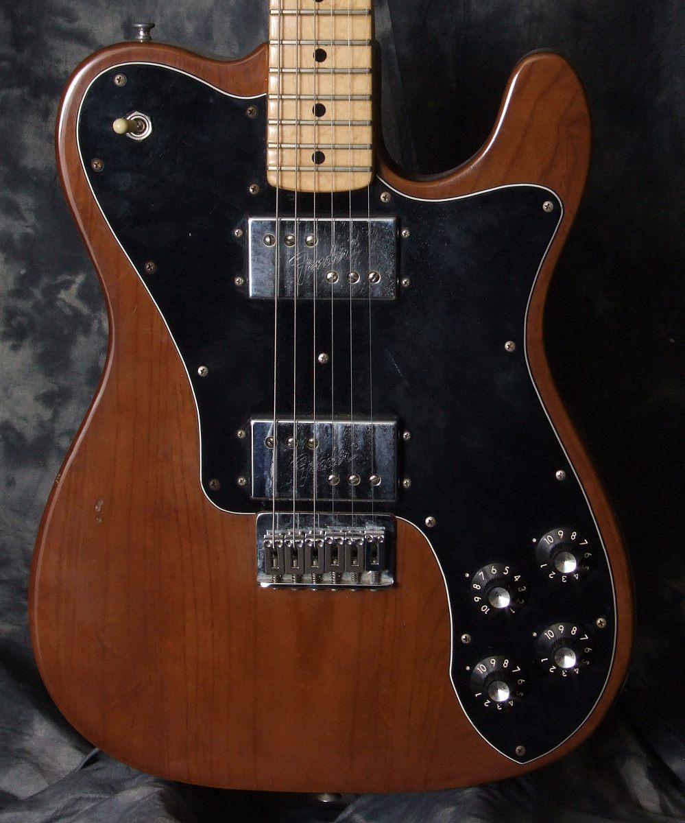 Fender_Telecaster_Deluxe_1976_top