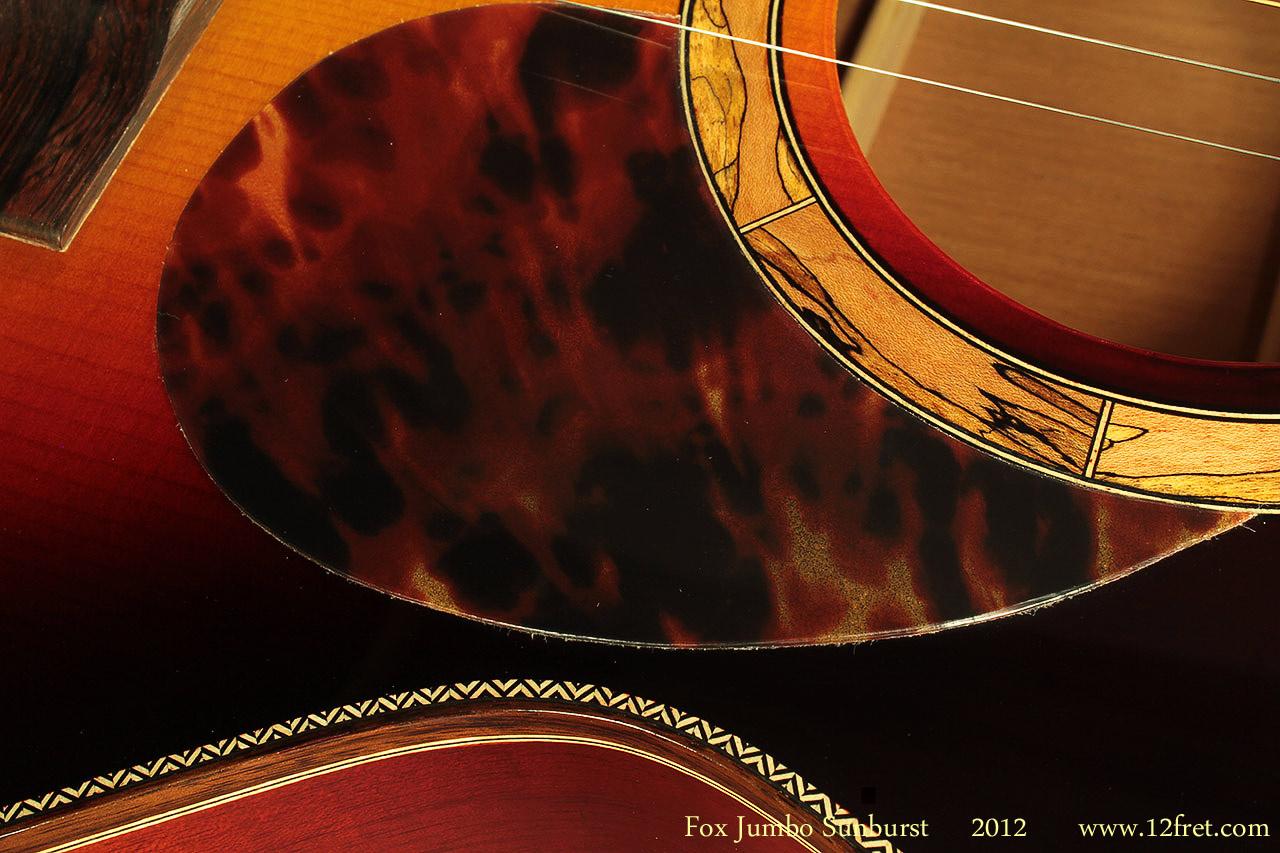 Fox-Jumbo-Sunburst-2012-binding-detail-1