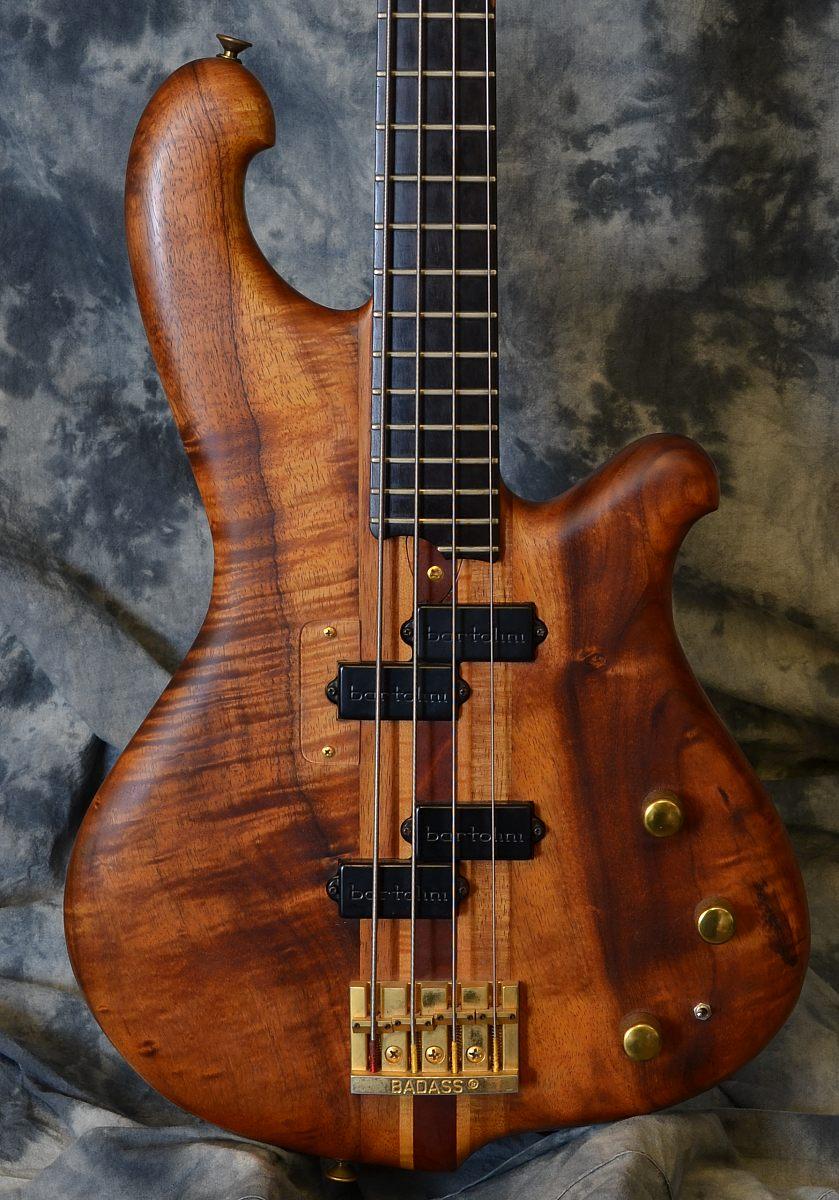 Furlinetto_Koa 4 String_1981(C)_top