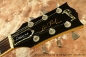 Gibson Les Paul Deluxe Gold Top with Bigsby 1978 head front view