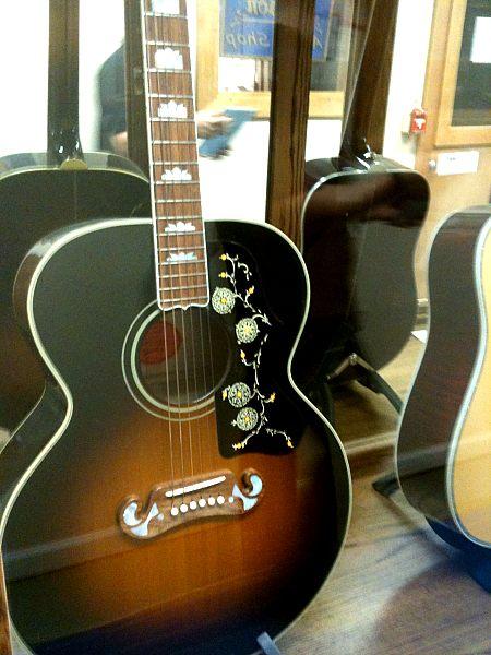 Gibson-Montana-Tour-2012-003