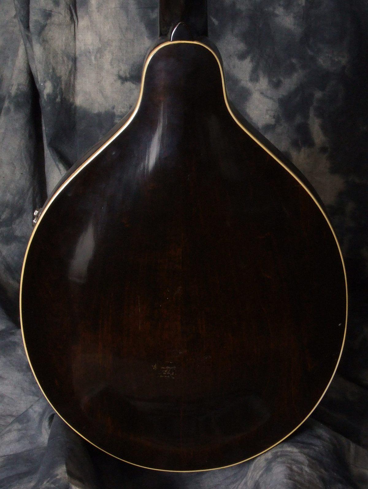 Gibson_A1-Mandolin_41-43(C)_Back