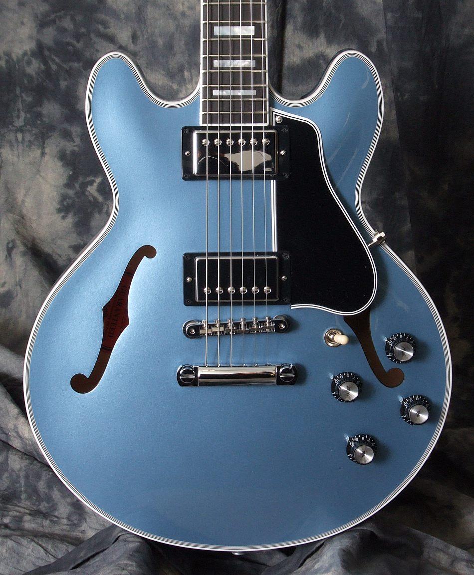 Gibson_ES_359_Blue_Top