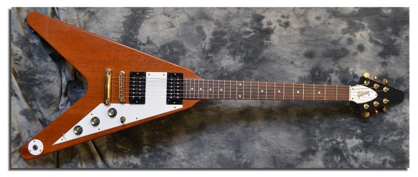 Gibson_Flying V_2000(C)