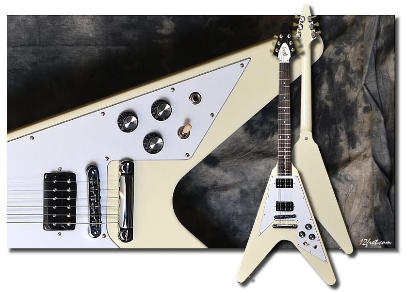 Gibson_Flying-V_White