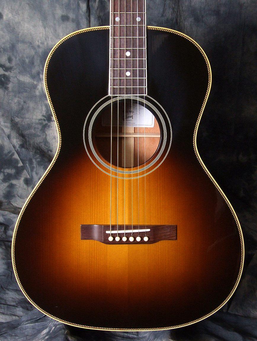 Gibson_Keb_Mo_Top