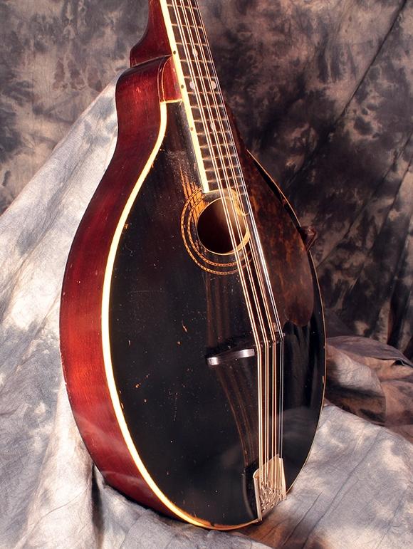 gibson_mandola_1918_edge1