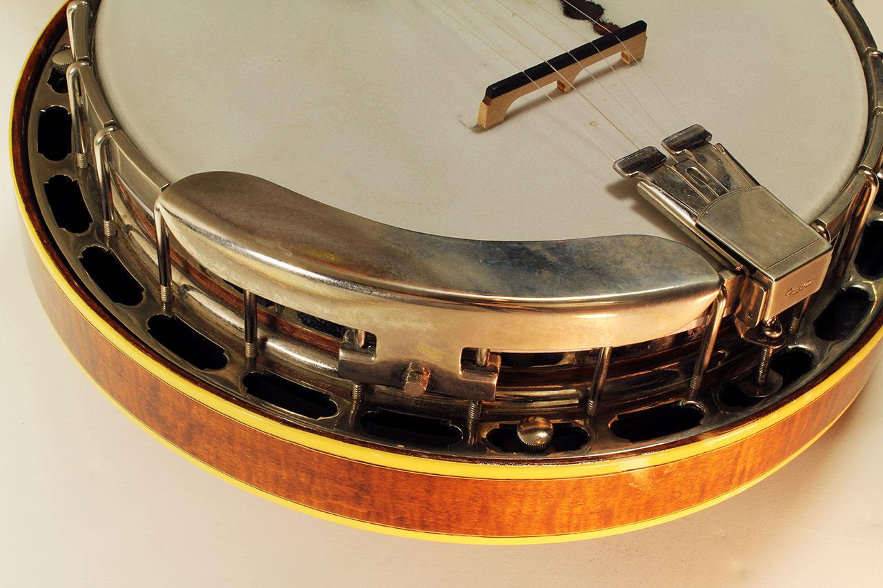 Gibson_mastertone_banjo_clone_armrest_1