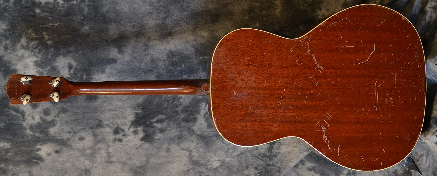 Gibson_TG-00 Tenor_1934(C)_back
