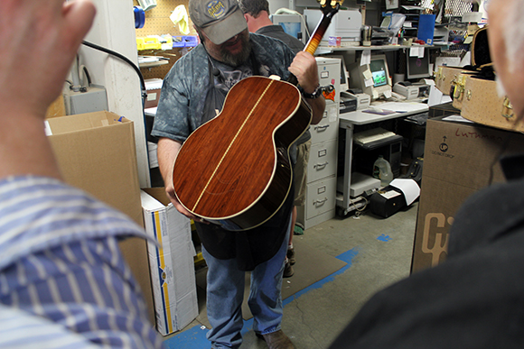 gibson_tour_shop_autry_2