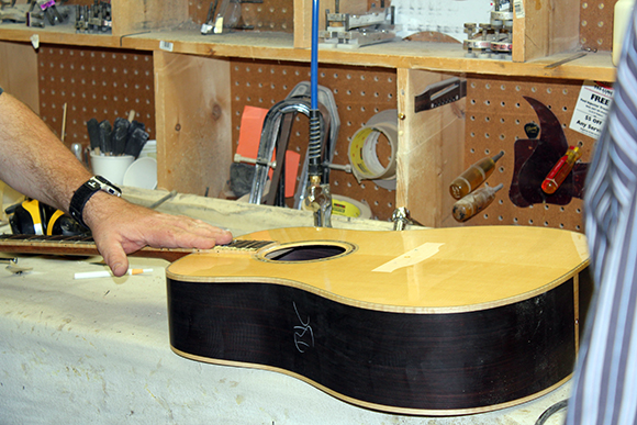 gibson_tour_shop_bridge_install_1