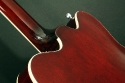 Gretsch_5122_walnut_shoulders_1