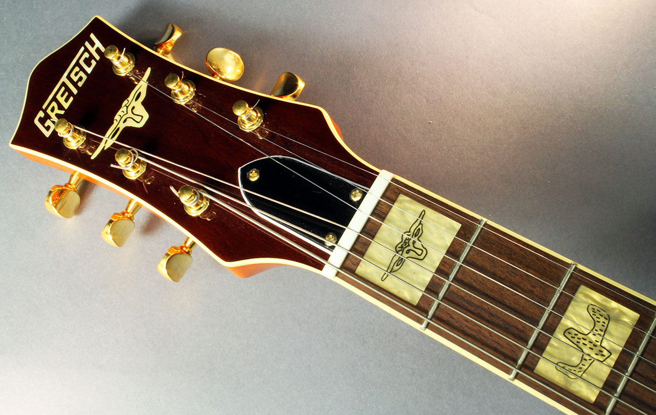 Gretsch_61212w_2004_cons_head_front_1