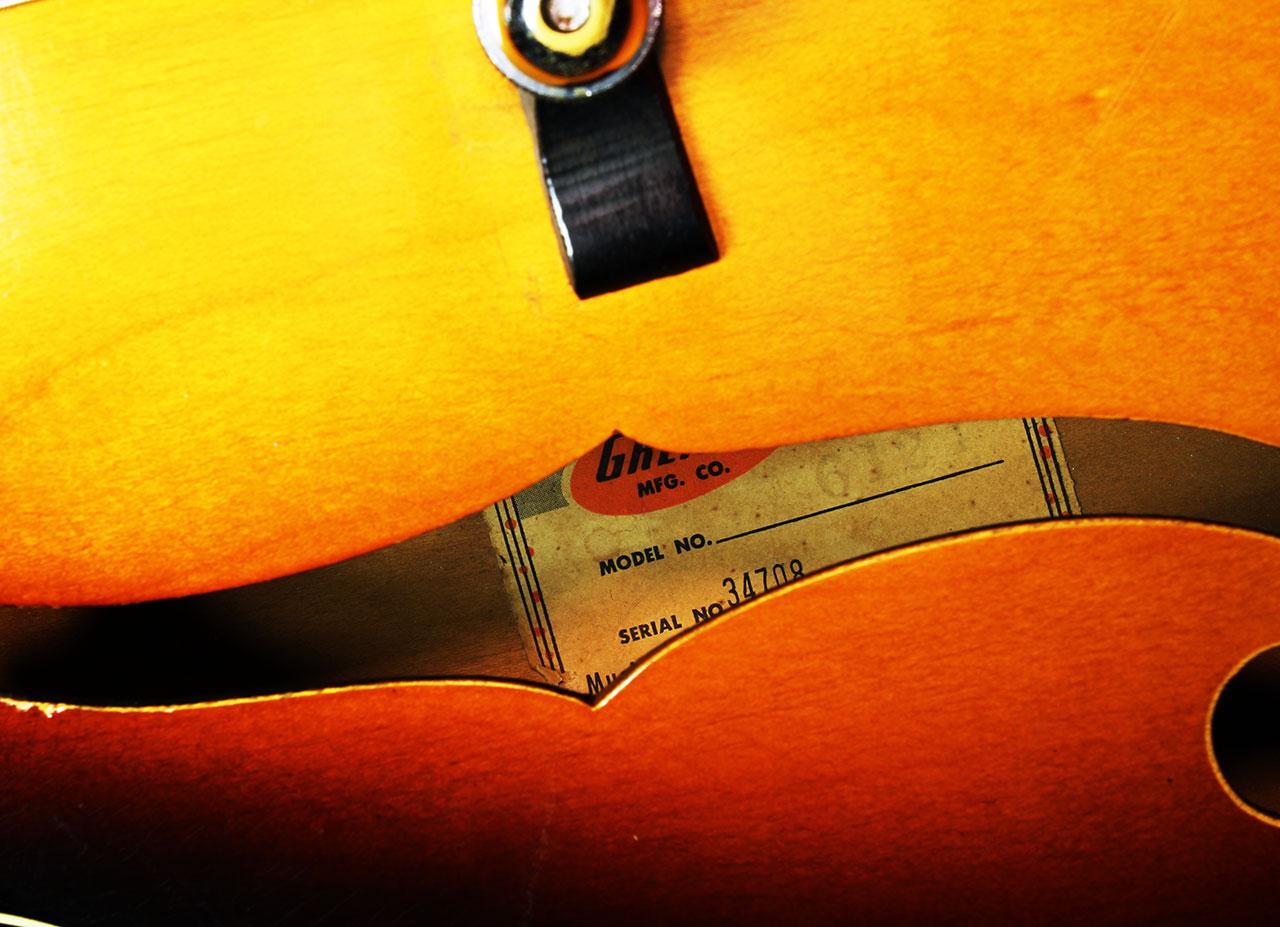 Gretsch_6125_anniversary_1960_label_1