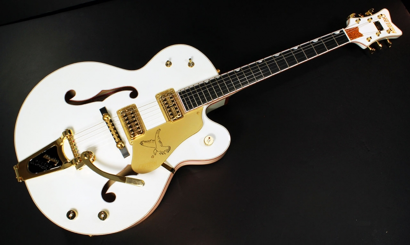 Gretsch White Falcon G6136 full front view