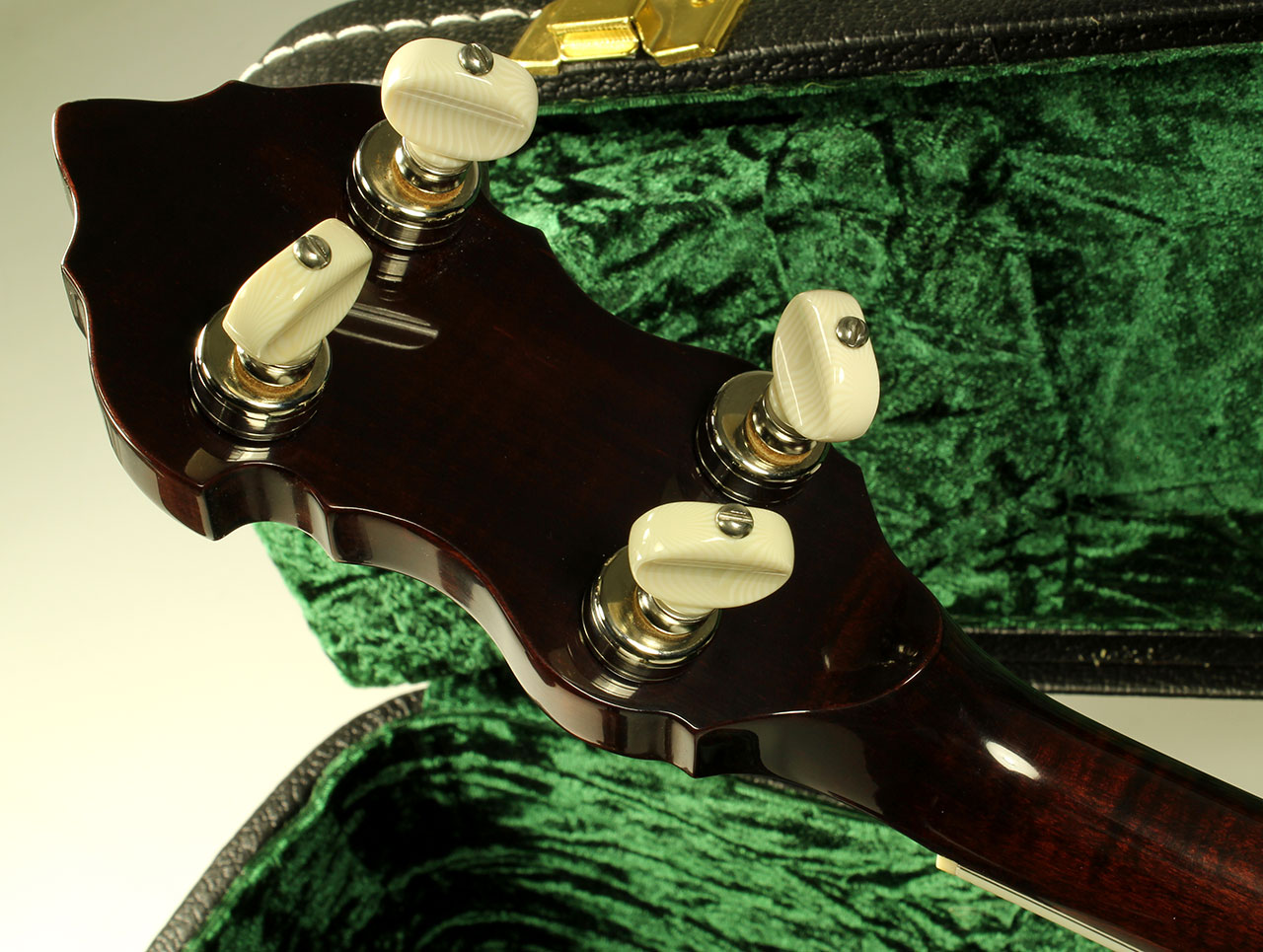 Huber-berkshire-trutone-banjo-head-rear-1