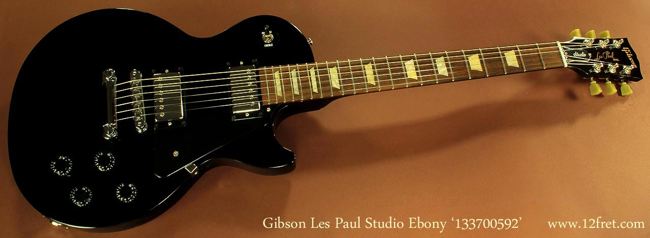les-paul-collection-new-studio-ebony-133700592-1