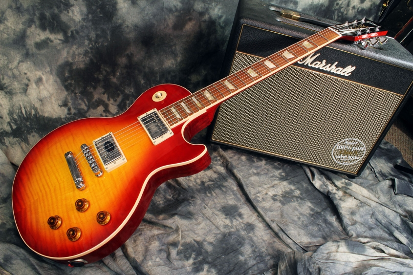 Les_Paul_Standard_full_1