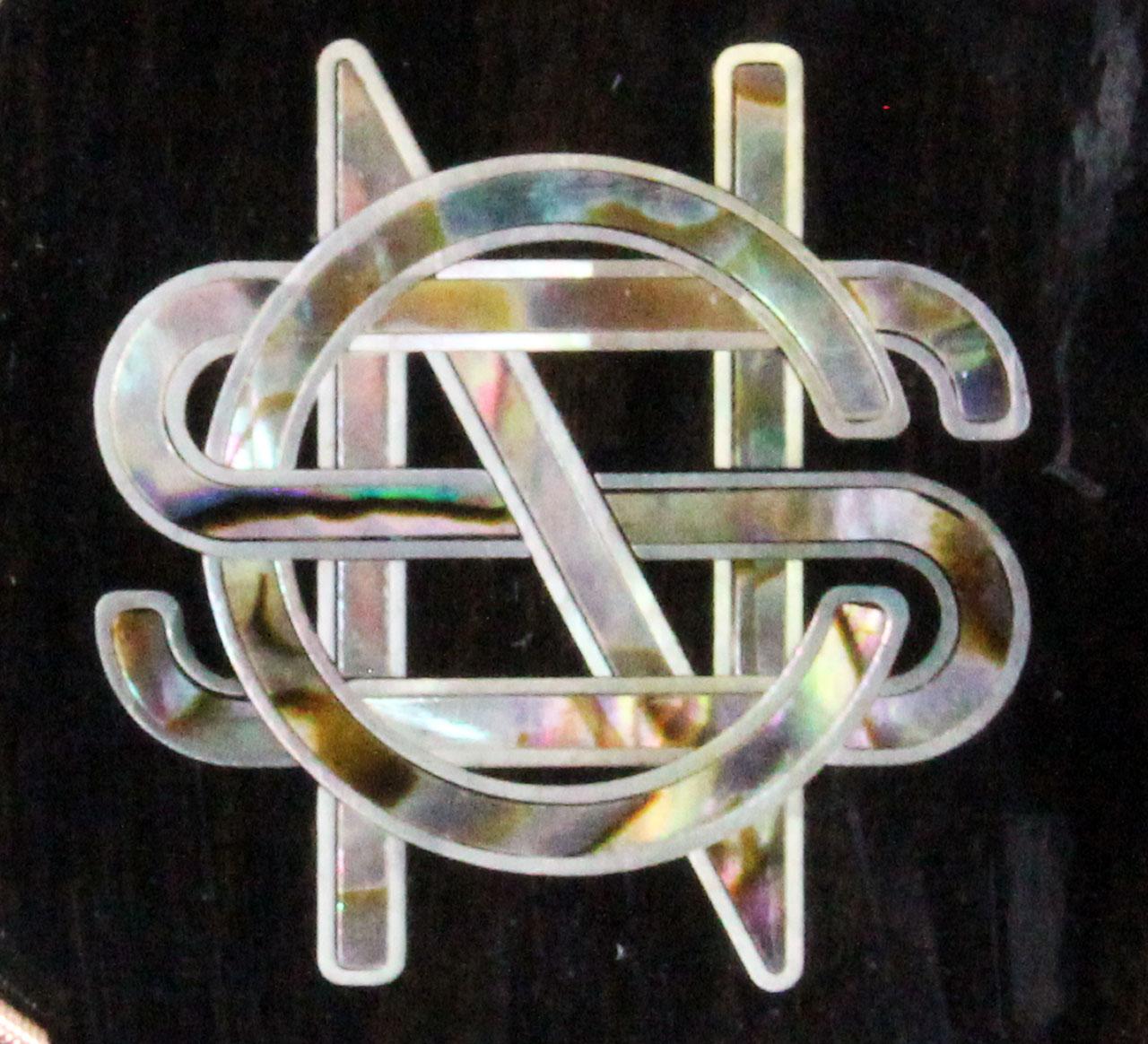 Martin_CSN_Tolman_2007_cons_headstock_logo_detail_1