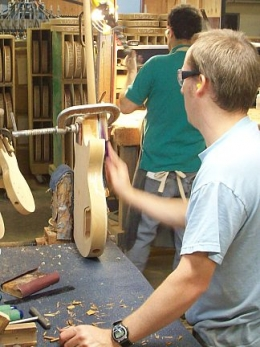 Nashville_Day_2_Gibson_USA_Neck_Press