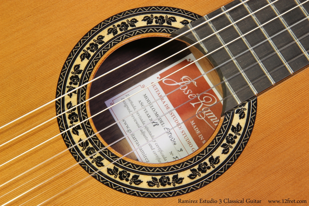 Ramirez Estudio 3 / Studio 3 Classical Guitar Rosette View