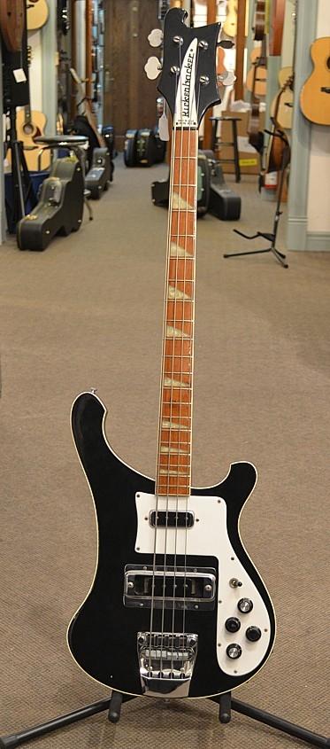 Rickenbacker-4001-blk-1980-C