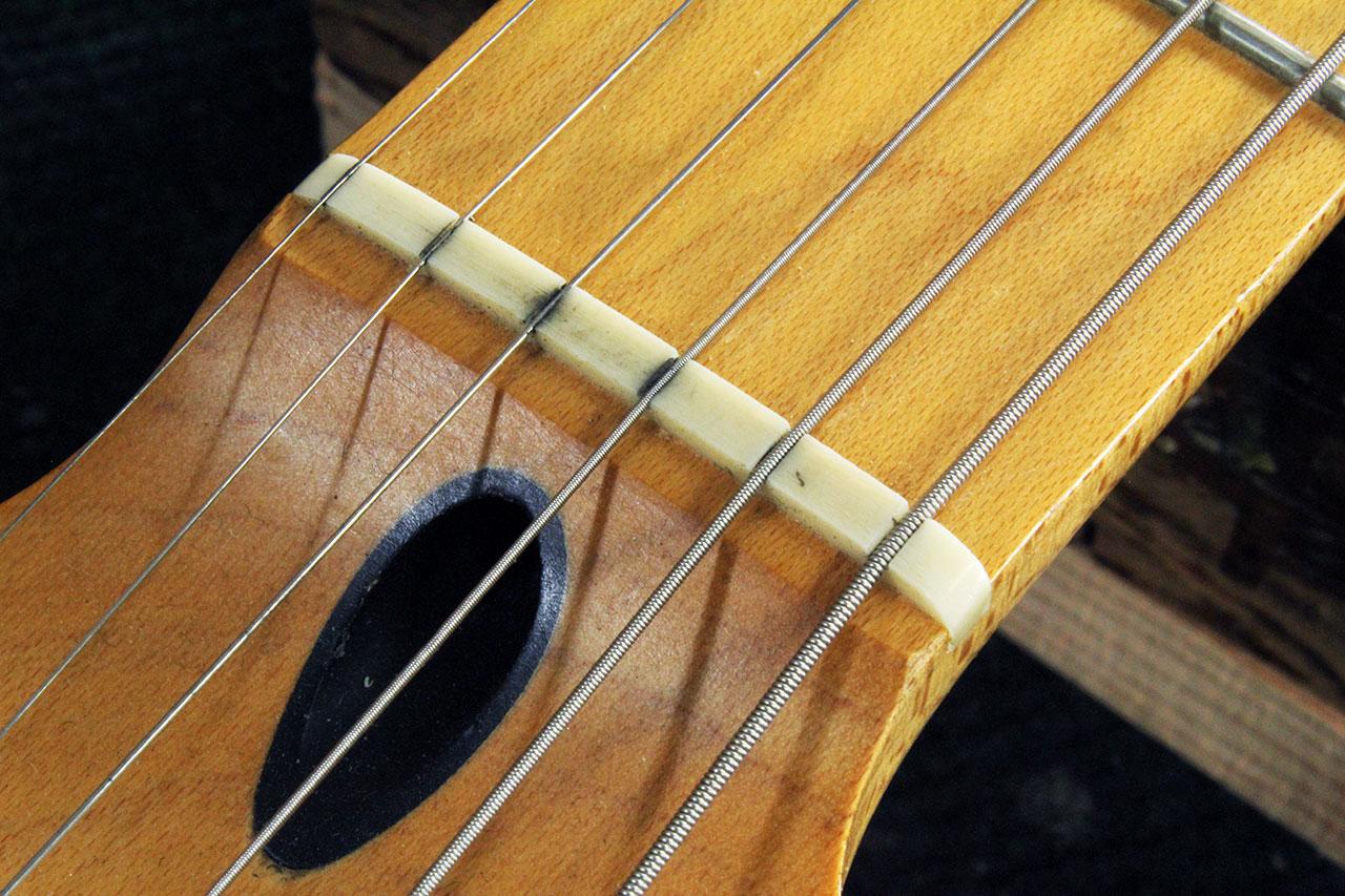 setting up a fender stratocaster trem part 1 the twelfth fret guitarists 39 pro shop. Black Bedroom Furniture Sets. Home Design Ideas