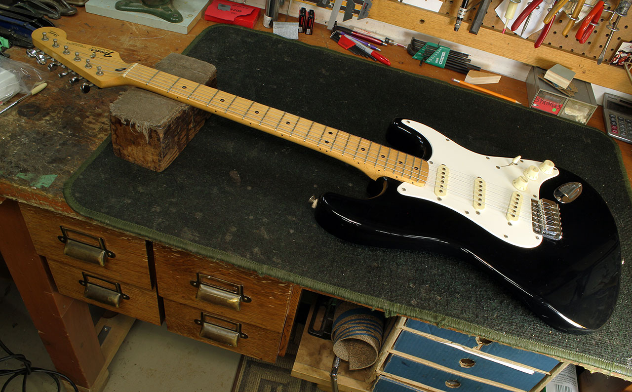 Setting Up A Fender Stratocaster Trem (Part 1) - The Twelfth