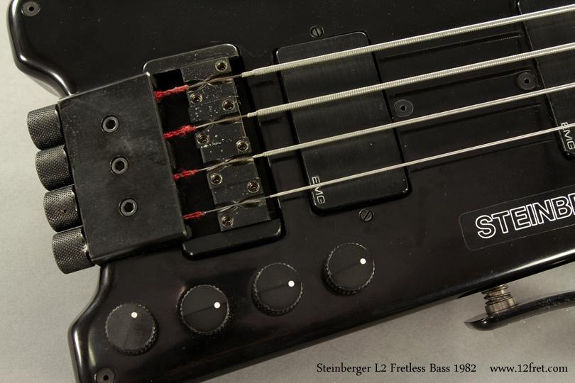 Steinberger L2 Fretless Bass 1982 bridge